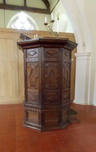 Berden_St_Nicholas_interior_-_08_pulpit